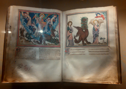 Some sweet illustrated manuscripts, I wish books till came with art.