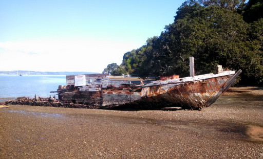 The sign on the ship said it was the last commercial sailing scow built in NZ in 1912.  Currently a bit worse for wear.