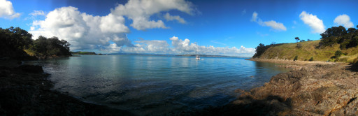 The bay to the west of our rented Bach. The sailors on that boat were living it up fishing all day, it looked like fun.