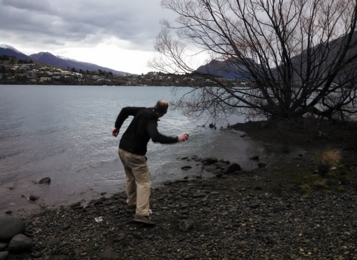 We may have gone to Queenstown because jasmine thought I had to visit a lake with so may skipping stone. She was not wrong.