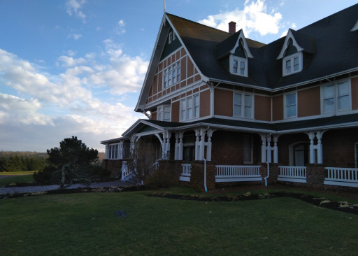 This was a sweet hotel/B&B right next to the ocean on the North side of PEI. I want to stay here some day.